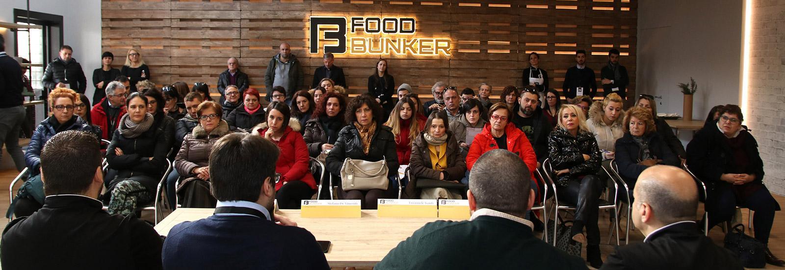Food bunker strategie di comunicazione per una scuola di for Scuola di comunicazione